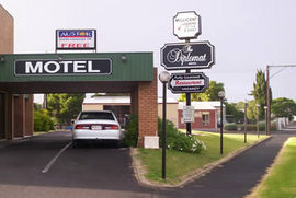 The Diplomat Motel - Accommodation QLD