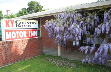 KY COUNTRY ROADS MOTOR INN - Accommodation QLD