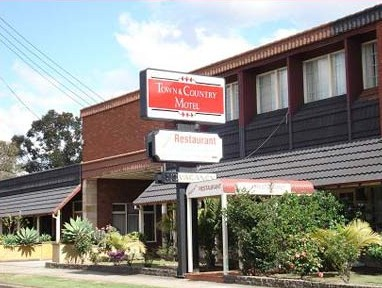 Town  Country Motel - Accommodation QLD