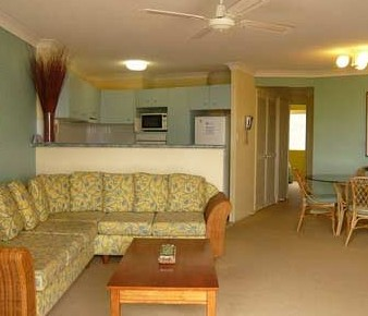 Kirra Palms Holiday Apartments - Accommodation QLD