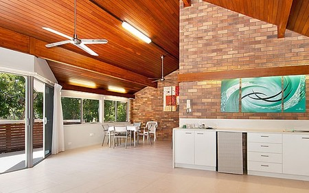 Glen Eden Beach Resort - Accommodation QLD