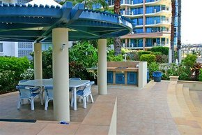AA Oceana On Broadbeach - Accommodation QLD
