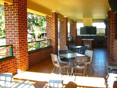 Cobargo Hotel Motel - Accommodation QLD