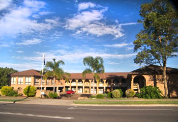 Cumberland Motor Inn - Accommodation QLD