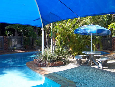 Palm Valley Motel and Holiday Units - Accommodation QLD