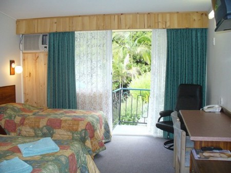 Coachman Motel - Accommodation QLD