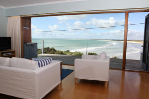 White Sails - Accommodation QLD