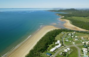 SeaEagles Beach Resort - Accommodation QLD