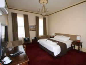 Glenferrie Hotel - Accommodation QLD