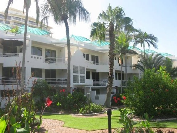 Camargue Beachfront Apartments - Accommodation QLD