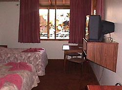 Desert Oaks Resort - Accommodation QLD