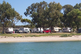 Streaky Bay Foreshore Tourist Park - Accommodation QLD