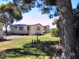 Millicent Hillview Caravan Park - Accommodation QLD