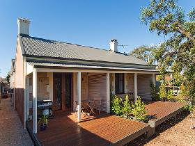 Strathalbyn Villas - Accommodation QLD