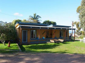 Casuarina Coastal Units - Accommodation QLD