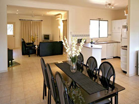 Riverwalk Retreat Karinga Park - Accommodation QLD