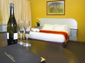 Victoria Hotel - Strathalbyn - Accommodation QLD