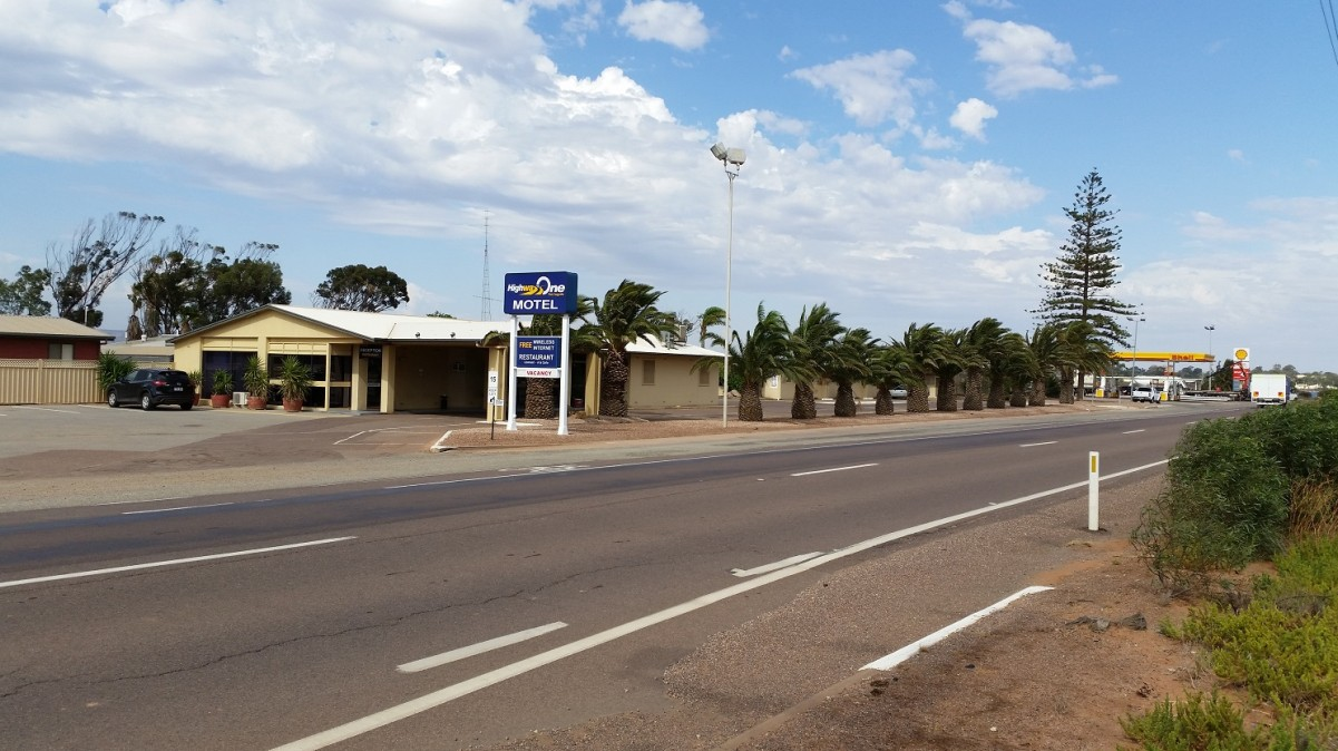 Highway One Motel Port Augusta - Accommodation QLD