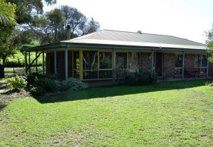 The Beach House - Normanville - Accommodation QLD