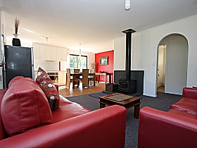 Bruny Island Villas - Eversley - Accommodation QLD