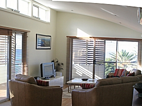 Paradise House - Accommodation QLD