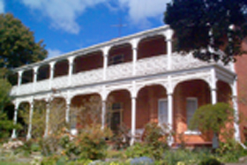 Glen Osborne House - Accommodation QLD