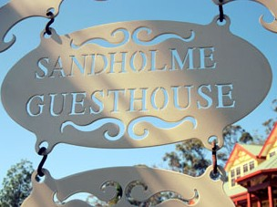 Sandholme Guesthouse 5 Star - Accommodation QLD