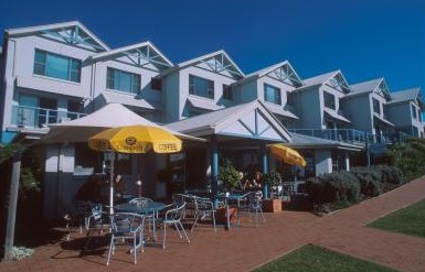 Breakers Apartments Mollymook - Accommodation QLD