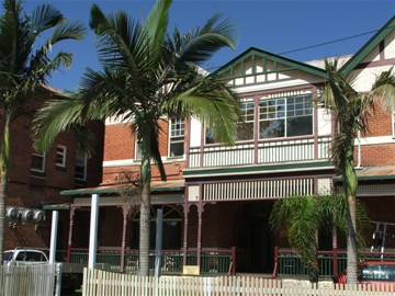 Maclean Hotel - Accommodation QLD