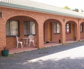 Cooma Country Club Motor Inn - Accommodation QLD