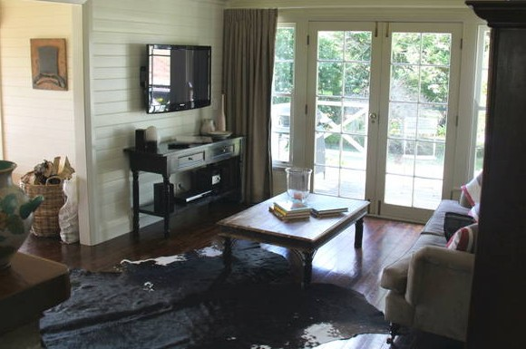 Book Barn Cottage - Accommodation QLD