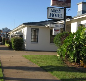 The Coach House Hotel Motel - Accommodation QLD