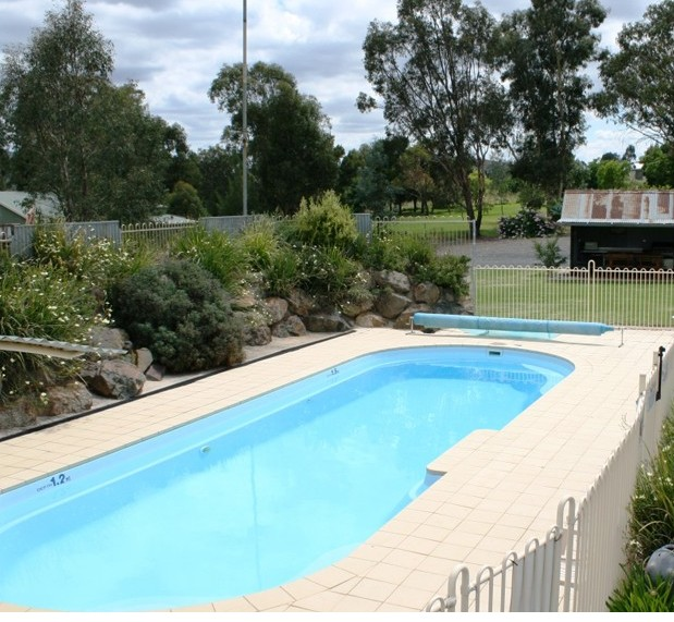 Tuckerbox Motor Inn - Accommodation QLD