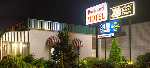 Boulevard Motel - Accommodation QLD