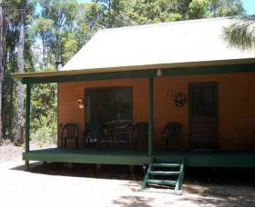 Loose Goose Chalets - Accommodation QLD
