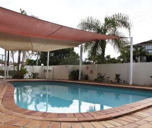 Ambassador Apartments Holiday Units - Accommodation QLD