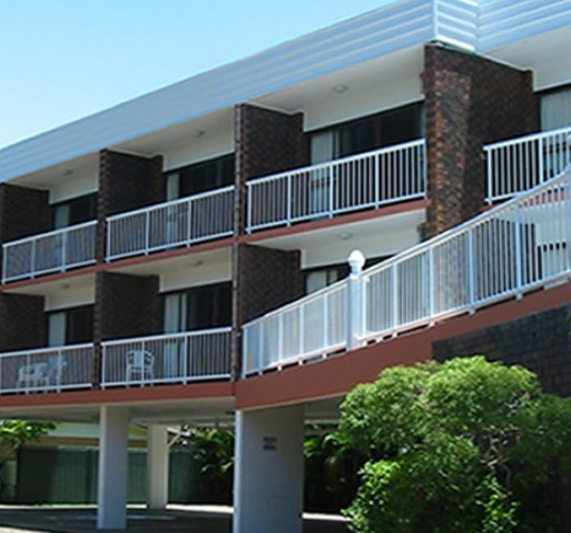 Estuary Motor Inn - Accommodation QLD
