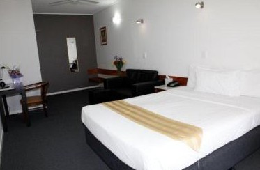 Ayr Travellers Motel - Accommodation QLD
