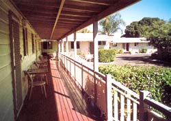 Bottle Tree Gardens Motel - Accommodation QLD