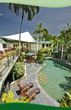 Bay Village Tropical Retreat, Cairns - Accommodation QLD