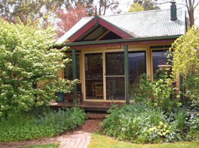 Willowlake Cottages - Accommodation QLD