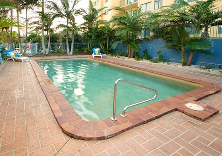 Coral Sea Apartments - Accommodation QLD