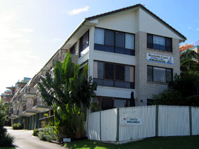 Beachside Court - Accommodation QLD