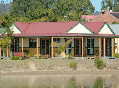Coachhouse Marina Resort Batemans Bay - Accommodation QLD