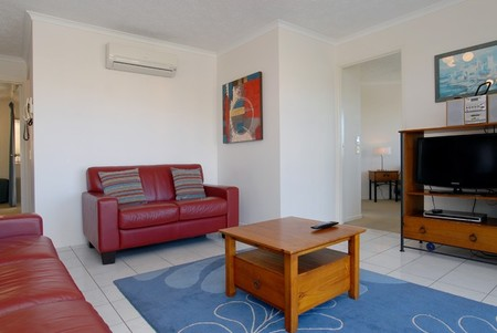 Kings Way Apartments - Accommodation QLD