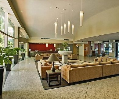 Holiday Inn Cairns - Accommodation QLD