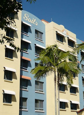 Sails Resort On Golden Beach - Accommodation QLD