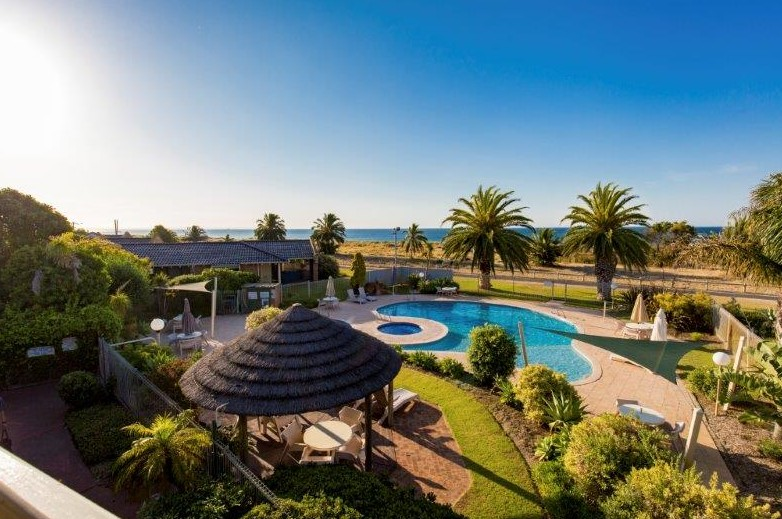 Busselton Beach Resort - Accommodation QLD