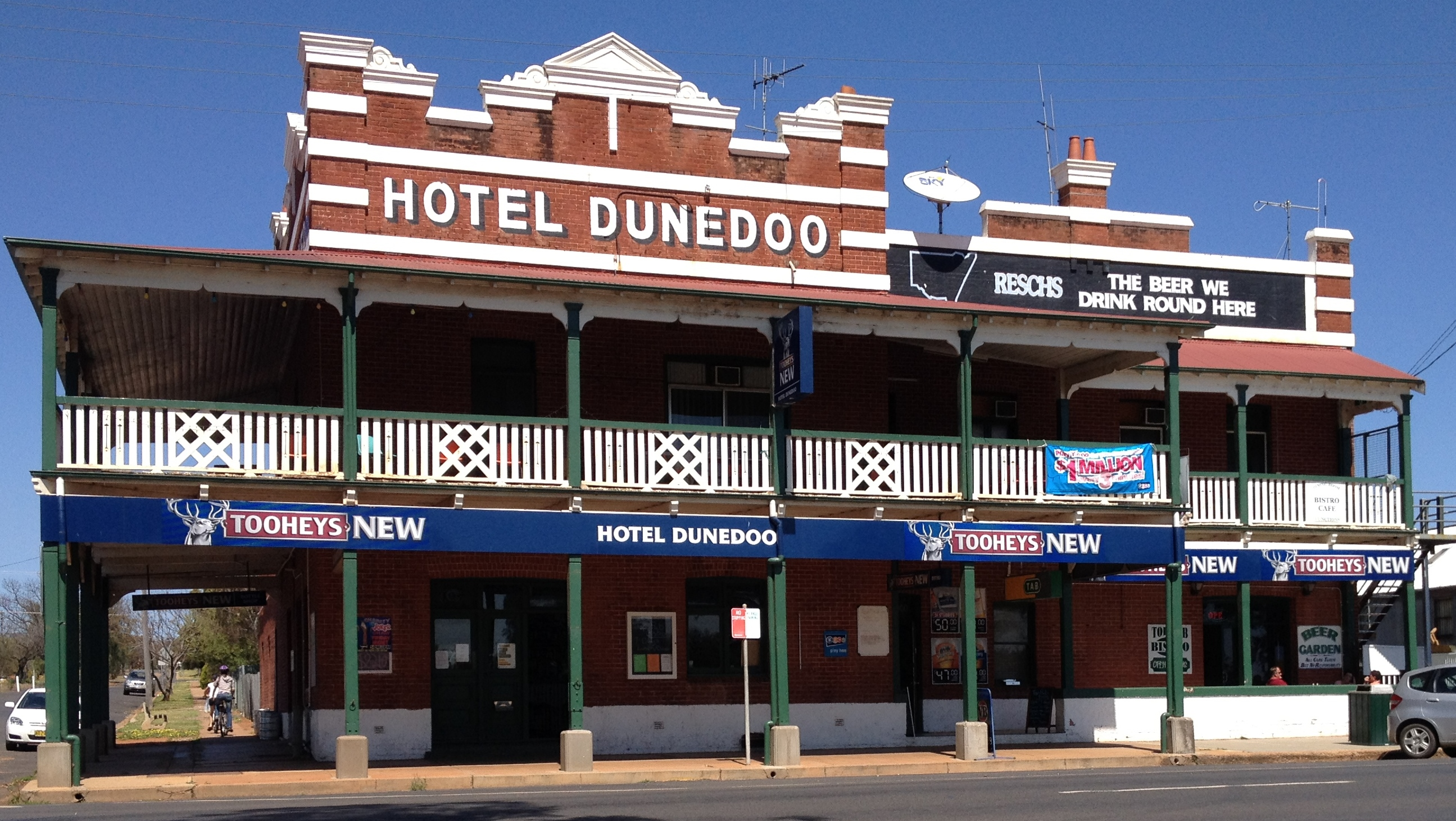 Dunedoo Hotel - Accommodation QLD
