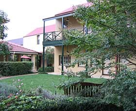 Mary Mackillop Place - Accommodation QLD